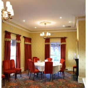 old english hotel 05 399 299 95